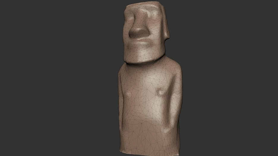 Moai Hoa-haka-nana-ia