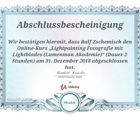 """Meine Abschlussbescheinigung für den Kurs """"Lightpainting Fotografie mit Lightblades"""""""